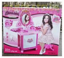 Детский туалетный столик для девочки