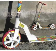 Cамокат для девушек (девочек от 6 лет) с большими колесами 200мм