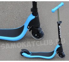 Cамокат Scooter голубой со светящимися колесами. Для детей от 4 лет