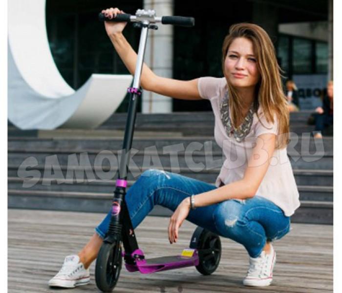 Самокат для девушки с большими колесами Playshion