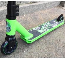 Ateox JUMP Green детский трюковой самокат для начинающих