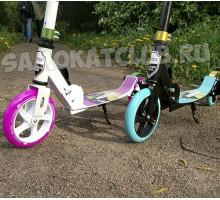 Самокат Ecoline MINION (2019) с амортизатором и светящимся колесом