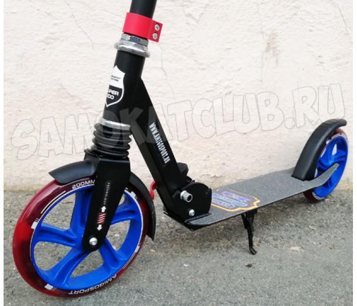 Самокат Amigo Groove Super 200 черно-синий (светится колесо)
