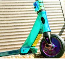Explore SCAT (Neo Chrome) Green 2019 трюковой самокат с пегами