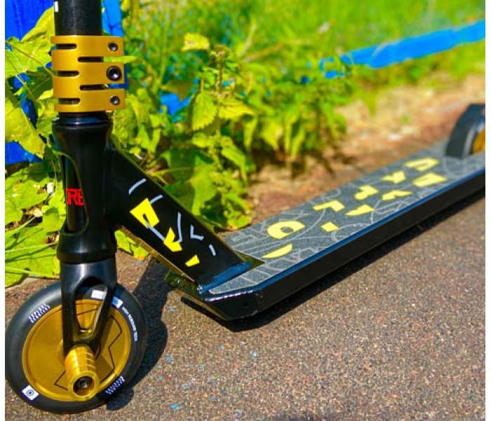 Трюковой самокат Explore Booger 110 Black/Yellow