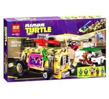 Конструктор Ninja Turtles ''Преследование на грузовике Черепашек''  Bela 10211