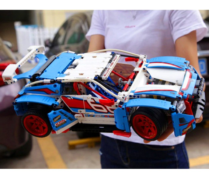 Конструктор Lepin 20077 Гоночный автомобиль (аналог LEGO 42077)