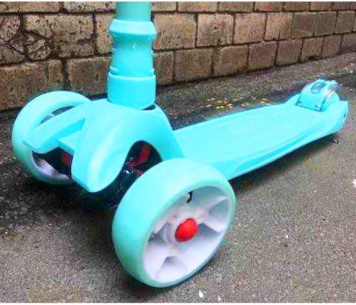Детский трехколесный самокат Scooter Maxi Мятный (Скутер Макси) для детей от 3-9 лет