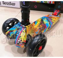 Scooter Maxi Граффити складной самокат со светящимися колесами