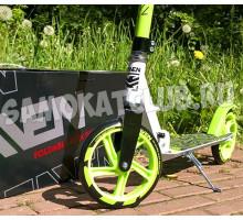RAVEN 2019 самокат с большими колесами 200мм (зеленый)