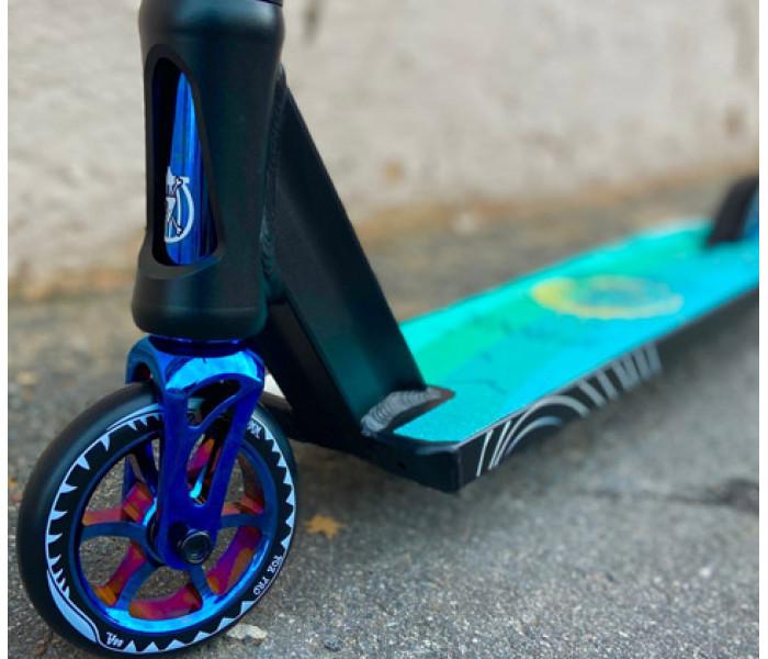 Самокат трюковой Fox V-tech 01 black/neo-blue 2021