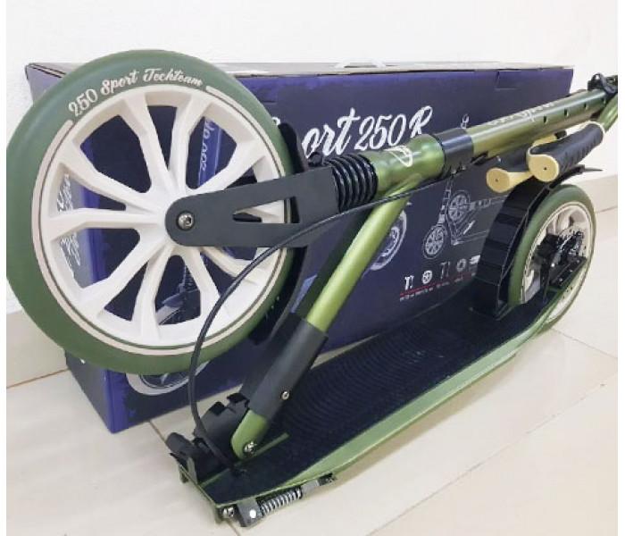 Самокат Tech Team SPORT 250R зеленый с амортизатором и ручным дисковым тормозом