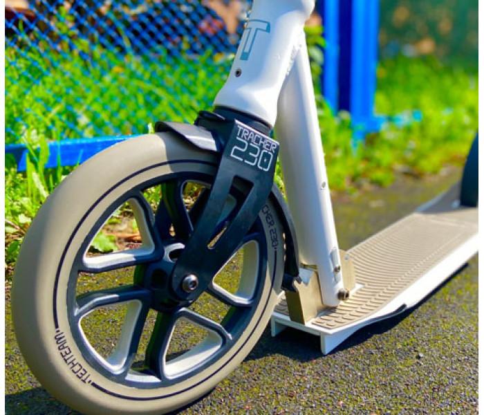 Cамокат TechTeam 230 Tracker (2021) с большими колесами