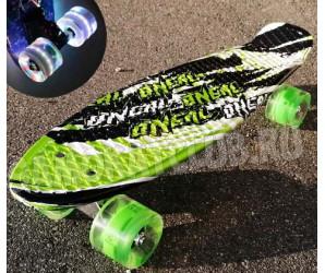 "Скейт 22"" Sport со светящимися колесами"